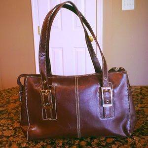Kenneth Cole Reaction Cute & Classy Hand Bag.